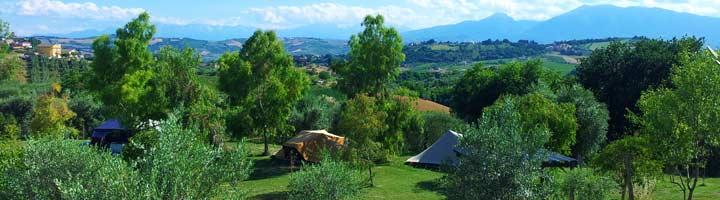 kleine camping villa bussola in Le Marche